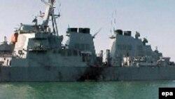 Взрыв на эсминце «Коул» унес жизни 17 американских моряков