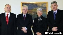 Predsjednik HZZ 1990 Božo Ljubić, predsjednik Hrvatske Ivo Josipović, premijerka Hrvatske Jadranka Kosor i predsjednik HDZBiH Dragan Čović tijekom susreta u Zagrebu, 12. siječnja 2011