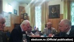 Олександр Бастрикін з членами Спілки письменників Росії
