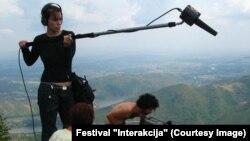 "Mladi učesnici ""Interakcije"" na terenu (arhivska fotografija)"