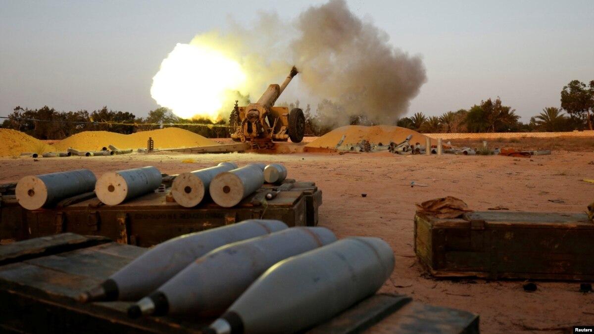 Война в Ливии: силы генарала Хафтара заявляют, что захватили стратегическое прибрежный город