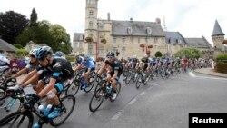 «Тур де Франс» велотурниріне қатысушылар. 8 шілде 2014 жыл.