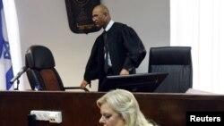 Sara, supruga izraelskog premijera Benjamina Netanjahua, daje iskaz u sudu za prekršaje