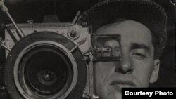 """Портрет кинооператора Михаила Кауфмана. (Неизвестный автор. «Киноглаз». После 1924 года) [Фото — <a href=""""http://museum.ru"""" target=_blank>Музеи России</a>]"""