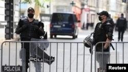 Policajci u centru Sarajevu, 16. maj, 2020.