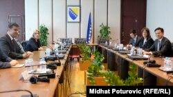 BiH zvaničnici prilikom susreta sa Hoyt B. Yeeom u Sarajevu 7.juna 2016.