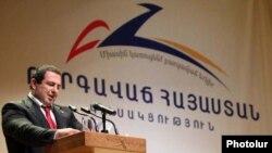 «Բարգավաճ Հայաստան» կուսակցության (ԲՀԿ) նախագահ Գագիկ Ծառուկյան, արխիվ