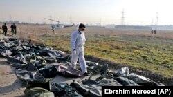 Ирански разследващ на мястото, където се разби украинският самолет на 8 януари