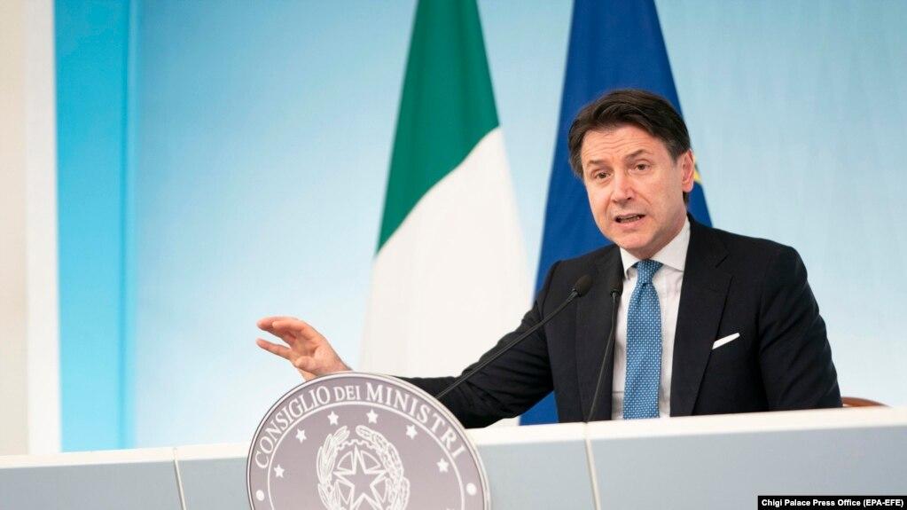 جوزپه کونته، نخستوزیر مستعفی ایتالیا