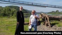 Геннадий Малашин (справа) на съемках фильма