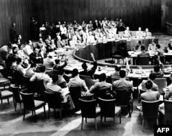 رأیگیری بر سر قطعنامه ۸۳ در شورای امنیت سازمان ملل در غیاب شوروی