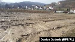 Blato posle poplava u selu Milatkovići