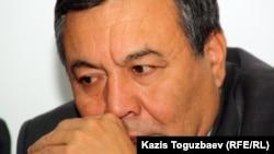 """Дос Көшім, """"Ұлт тағдыры"""" қозғалысының төрағасы. Алматы, 19 қазан 2011 жыл."""