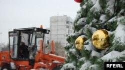 Після снігопаду в Донецьку. 18 грудня 2009 року