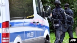 Գերմանիա - Ոստիկանները հատուկ գործողության ժամանակ, արխիվ