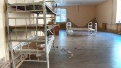 Ірпінський виправний центр розрахований на 390 людей. Проте, перед закриттям, тут перебувало 190 засуджених.
