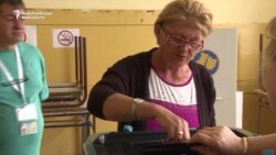 Kosovo's Serbs Vote In Snap Elections