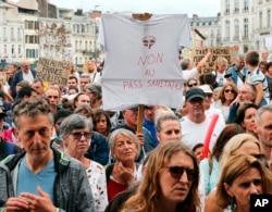 Protest protiv COVID-19 propusnica u Bayonneu na jugozapadu Francuske, 7. avgusta 2021.