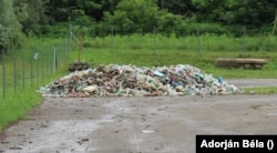 Ukrajnából akár percenként 500 PET-palack is érkezik a Tiszán