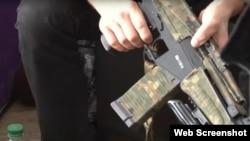 Скріншот № 2 з відео обшуку ФСБ у Дмитра Штиблікова