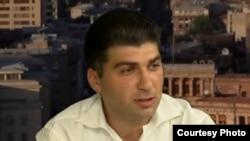 Пресс-секретарь партии «Наследие» Давид Санасарян (архив)