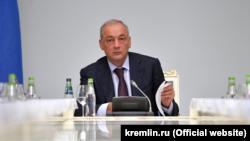 Заместителя руководителя Администрации президента России Магомедсалама Магомедова некоторые прочат на место министра