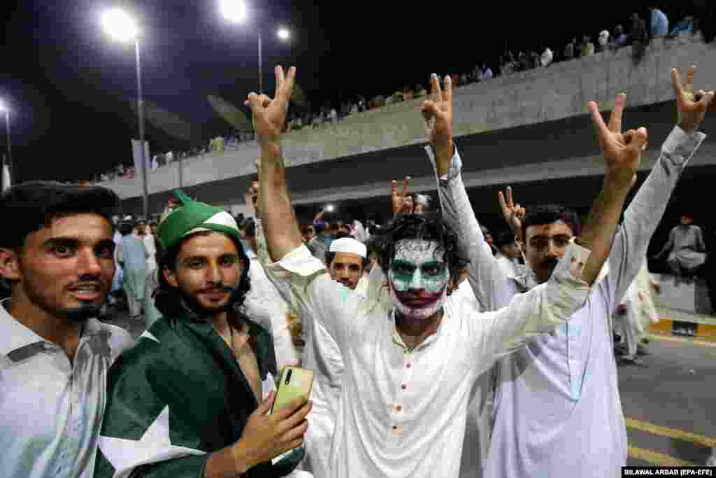 More celebrations in Peshawar