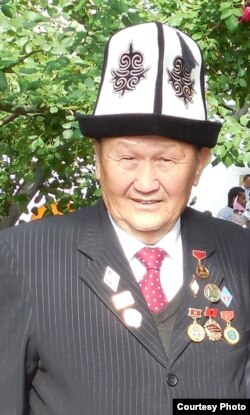 Өмөрали Таштемиров.