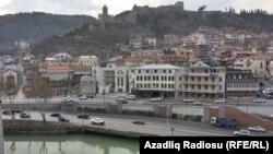 Pamje nga kryeqyteti Tbilisi në Gjeorgji
