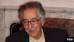 ابوالحسن بنیصدر اولین رئیسجمهور ایران