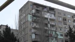 90 ailəlik binanın sakinləri narahatdır