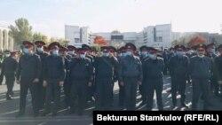 Милиционеры на площади «Ала-Тоо». Иллюстративное фото.