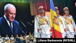 Președintele Nicolae Timofti vorbind la ceremonia de acordare a Premiilor Naționale 2013