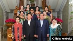 Глава КНР в гостях у семьи таджикского президента