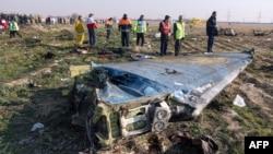 Место падения самолета МАУ в Иране