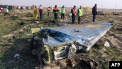 آرشیف، بقایای طیارهی اوکراینی که در ایران سقوط کرد
