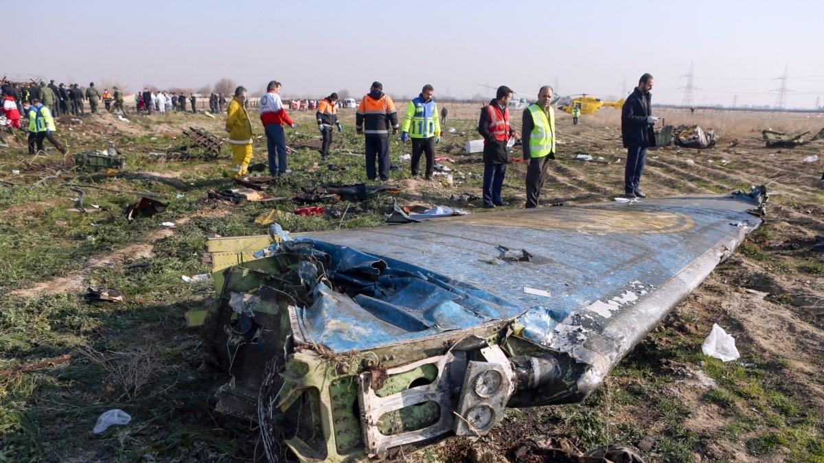Украина ожидает результатов расшифровки «черных ящиков» сбитого самолета и переговоров с Ираном – Зеленский