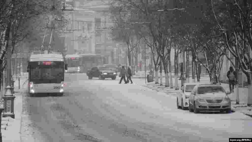 Севастополь, вулиця Леніна