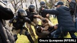 Разгон митинга в Хабаровске