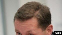 Депутат Гришанков озабочен «подрывной» деятельностью НПО. Членство в одной из них его не смущает