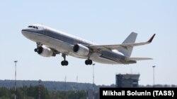 Airbus A320 ұшағы. Көрнекі сурет.