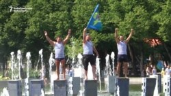 Russian Paratroopers Celebrate In Gorky Park Fountains