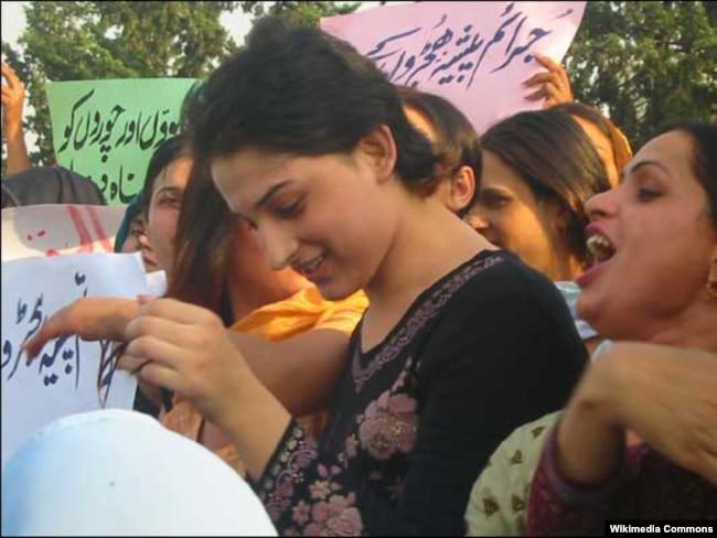 Supreme Court Ruling Gives Pakistan's Beleaguered Transgender