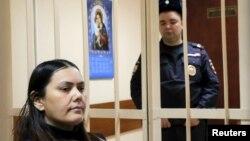 Няня Гульчехра Бобокулова в зале Пресненского суда. Москва, 2 марта 2016 года.