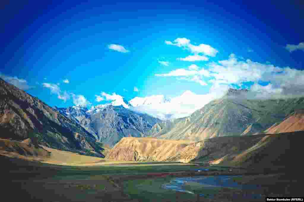 Долина Сары-Джаз из-за суровых природно-климатических условий рекомендуется для наиболее опытных туристов.