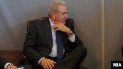 Грчкиот министер за надворешни работи Димитрис Аврамопулос.