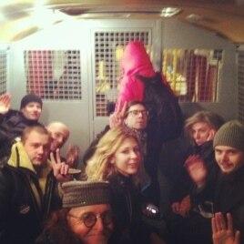 Фотография Алексея Навального из полицейского автобуса