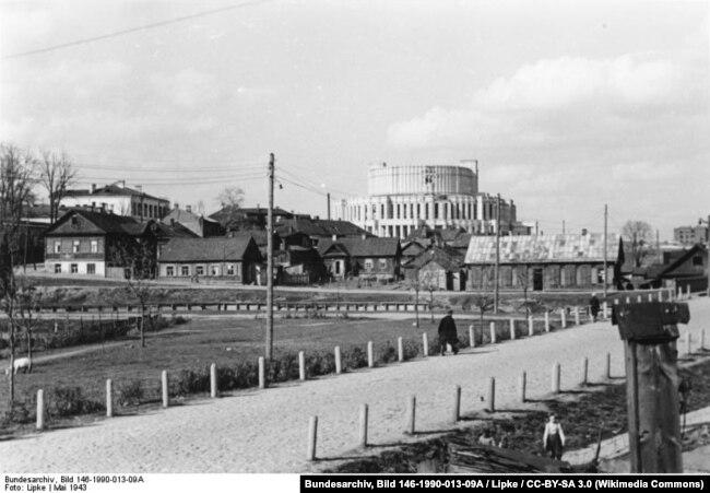 Май 1943 года, вид на оперный театр