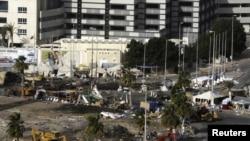 Манама. Расчистка Жемчужной площади после ликвидации лагеря оппозиции