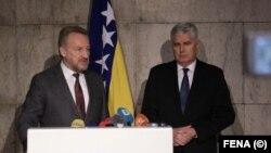 Bakir Izetbegović i Dragan Čović nakon sastanka